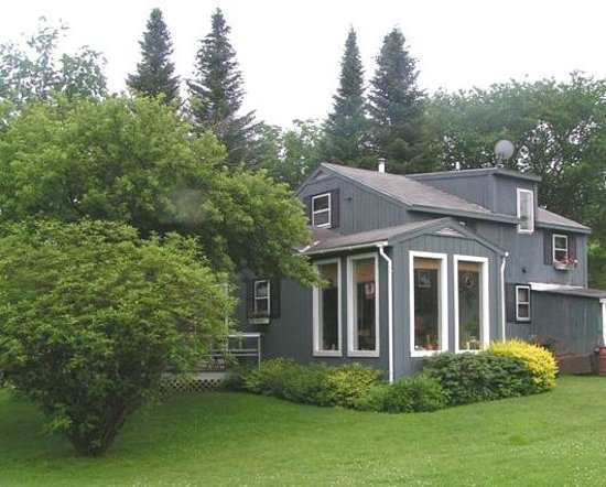 Firefly Bed and Breakfast: Firefly B&B is very private