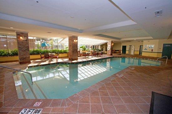 room photo 446839 embassy suites hotel anaheim north. Black Bedroom Furniture Sets. Home Design Ideas
