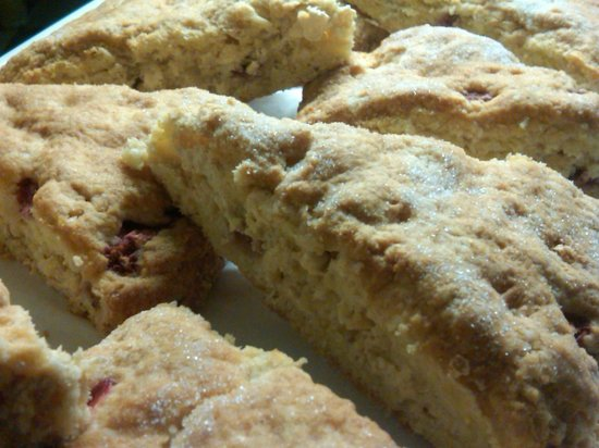 The Loose Goose Cafe: Daily Scone - This is White Choc.Strawberry