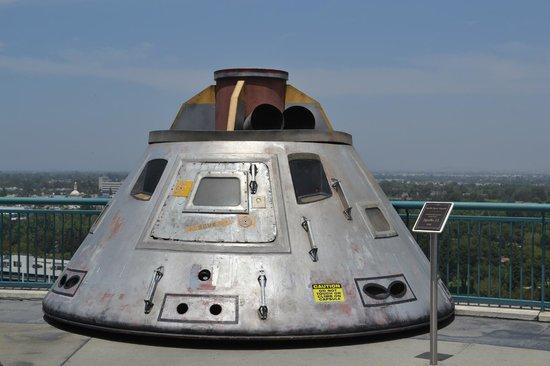 Apollo 13 capsule - Picture of Universal Studios Hollywood ...