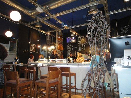 El portal alicante picture of el portal taberna wines - Restaurante el cielo alicante ...