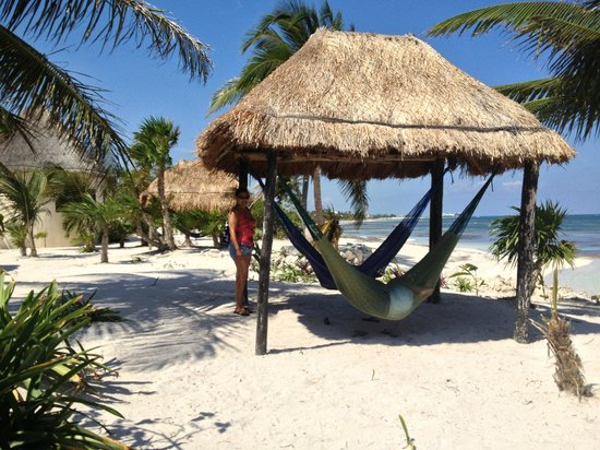 Balamku Inn on the Beach: Palapa and Hamaca