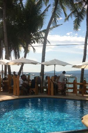 Montani Beach Resort : Montani Beach