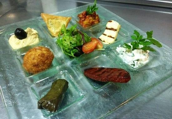Konak Turkish Restaurant: mix starter plate