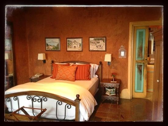 Casa Palopo: Room #5 is even lovelier than this photo. Great attention to detail.
