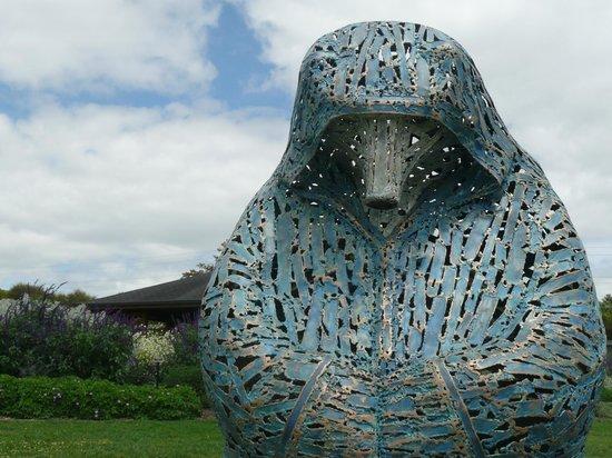 Auckland Botanic Gardens: sculpture