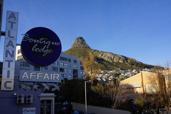 Atlantic Affair Boutique Hotel : View of Lions Head from our room