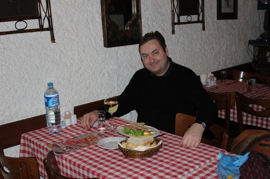 Boncuk Restaurant: Having some fresh fried red mullet with a glass of white Idol wine
