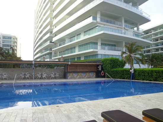 Holiday Inn Cartagena Morros: piscina