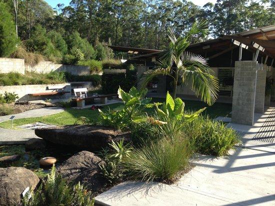 Maroochy Regional Bushland Botanic Garden: The Garden headquarters, a la Frank Lloyd Wright