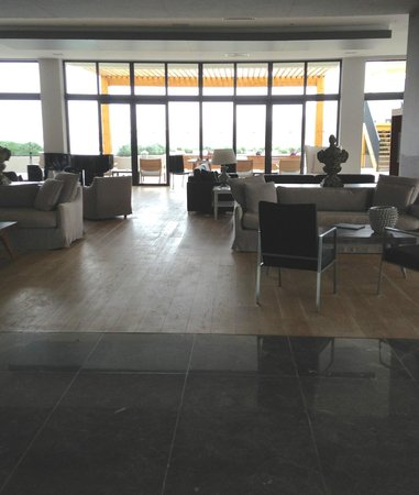Ramada Resort Bodrum: inside