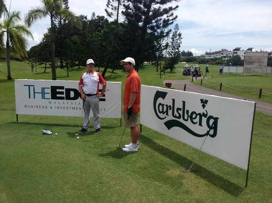 The Golf Academy Borneo: Short game coaching with Paul
