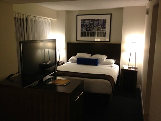 Hyatt Regency Lisle near Naperville: Sleeping area