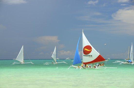 The District Boracay: White Beach