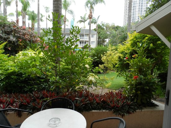 Mari Court Resort: Ground floor balcony view just pretty
