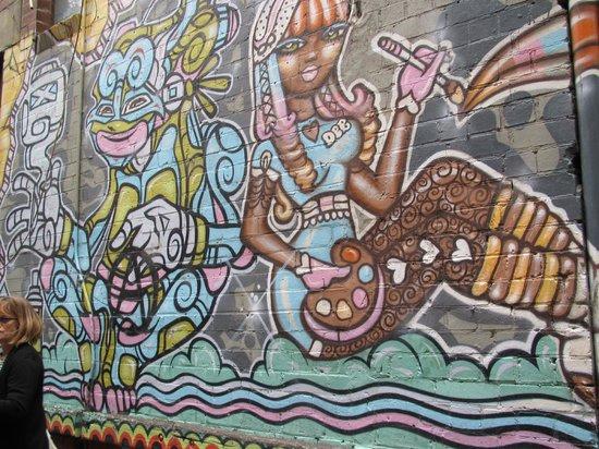 MELTours: Laneways Tour - Street Art