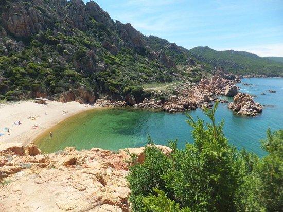 Costa Paradiso, Italia: spiaggia li cossi
