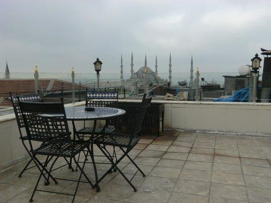 Aldem Hotel: roof terrace