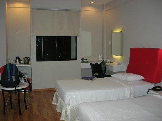 The Palace Hotel Kota Kinabalu: Deluxe Room