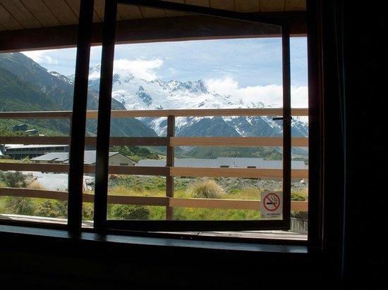 YHA Aoraki Mt Cook : View from bedroom (upstairs double)
