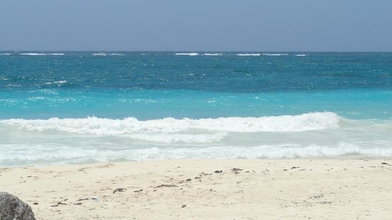 Avenida Tulum: View from the beach area