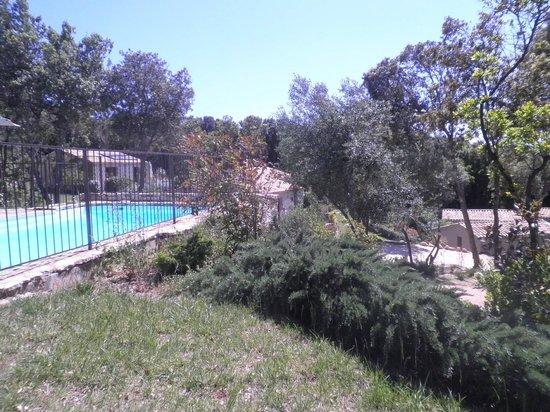 Résidence Sophia : la même vue de la piscine