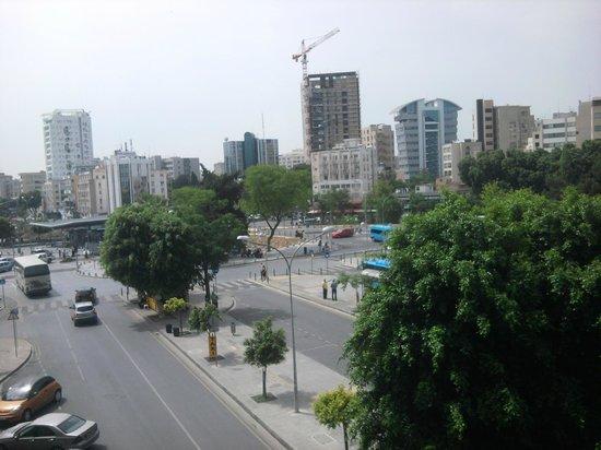View for balcony foto van holiday inn nicosia city for Balcony nicosia