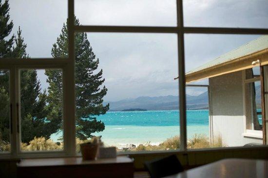 YHA Lake Tekapo: View from the lounge room