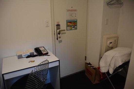 พอด51: chambre - bureau