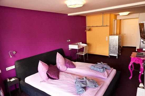walliserhof standardzimmer bild von hotel walliserhof im brandnertal brand tripadvisor. Black Bedroom Furniture Sets. Home Design Ideas
