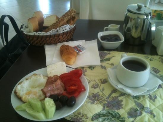 Minavra Hotel: breakfast