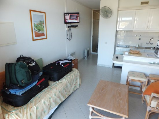 Muthu Clube Praia da Oura: Camp Beds ...