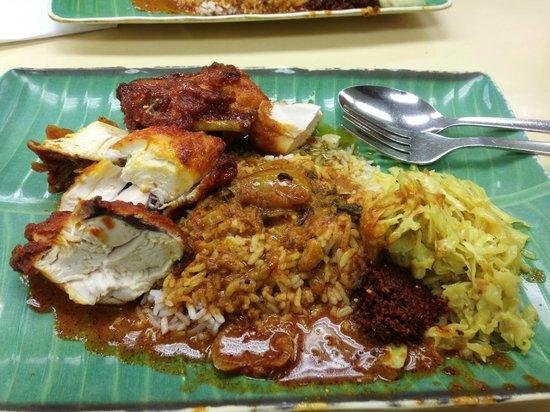 Kayu Nasi Kandar: Lunch