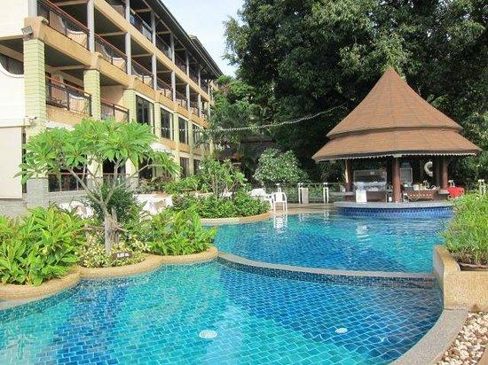 Peach Hill Hotel & Resort : Mango Tree Pool
