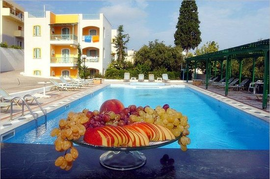 Villa SoRenia: Fancy a fresh fruit salad?