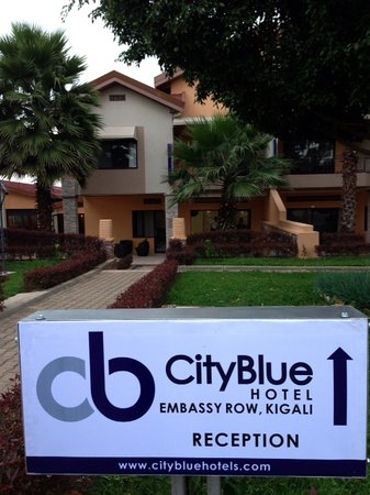 CityBlue Hotel & Suites, Embassy Row