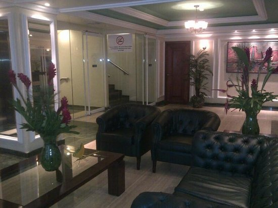 Hotel Plaza Mayor: Lobby