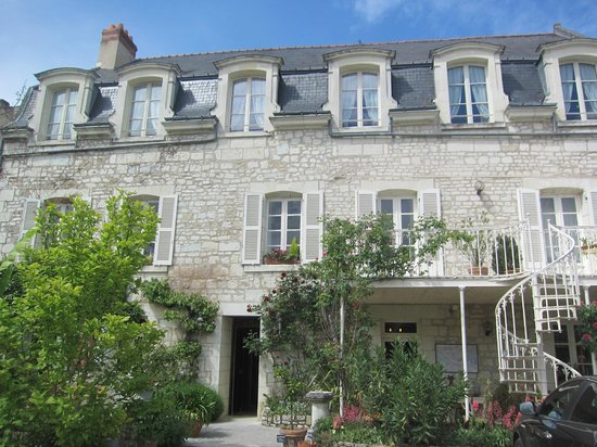 Hotel Diderot: The Hotel