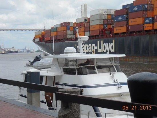 Riverfront Plaza: Riverstreet Barge