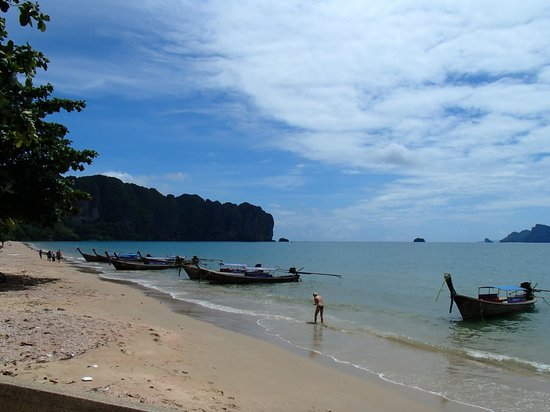 J. Mansion: beach