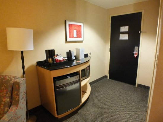 Cambria hotel & suites Raleigh-Durham Airport : Eingangsbereich in die Suite