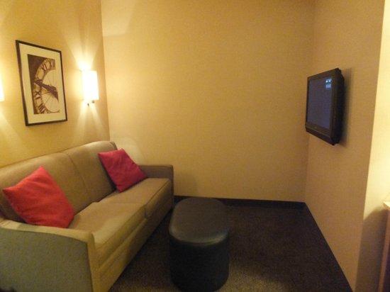 Cambria hotel & suites Raleigh-Durham Airport: Gemütliche Wohnecke