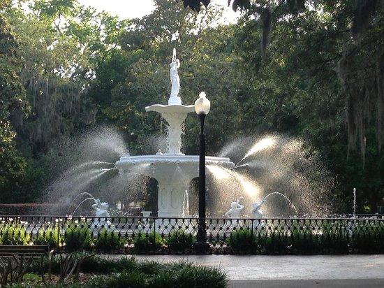 Mansion on Forsyth Park, Autograph Collection: Fountain in Forsyth Park