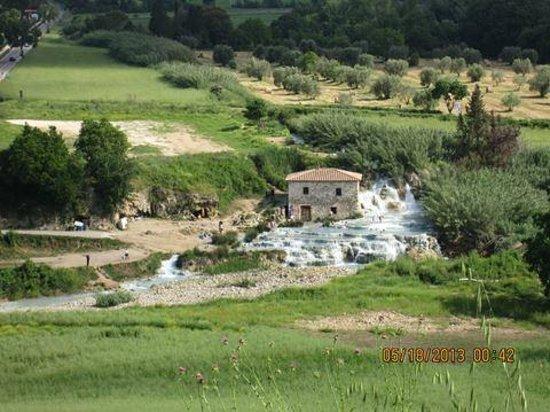 Complesso il Gorello: Cascate Del Gorello, The Cascades