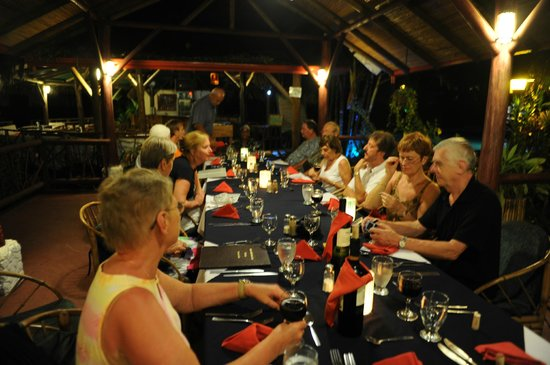 Restaurante El Rancho en Hotel Villas Río Mar: Also groups are welcome at El Rancho