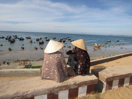 Lang Ca Voi (The Whales Village) Guesthouse : Promenade aux alentours