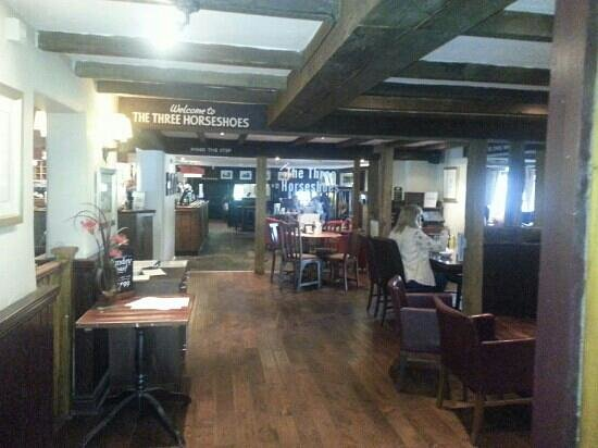 The Three Horseshoes, Spellbrook.: inside building