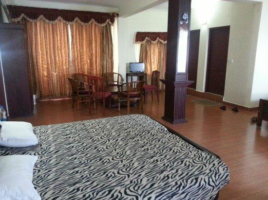Marikar Resorts: room