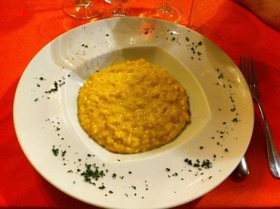 Osteria La Piola: risotto allo zafferano
