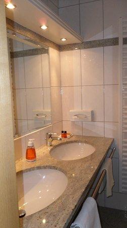 Hotel Seegasthof Stadler: Badezimmer